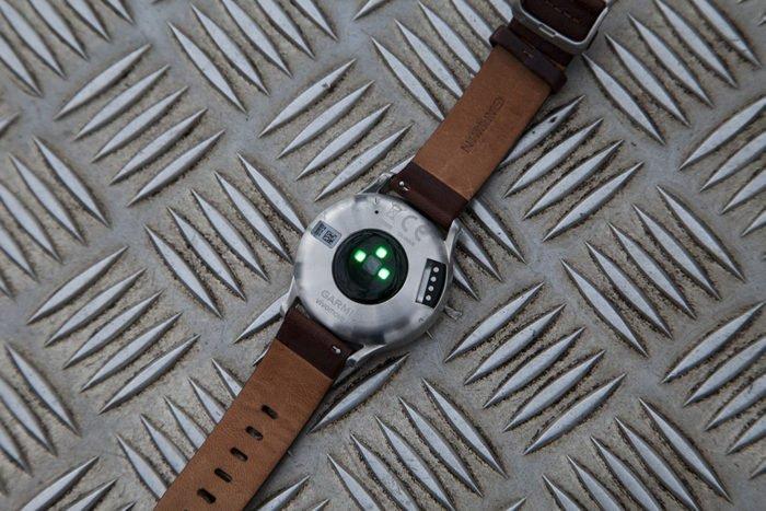 Garmin Vivomove HR - Sensor óptico